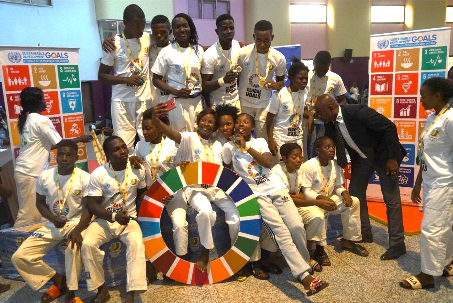 Des jeunes sportifs camerounais engagés pour les objectifs de développement durable