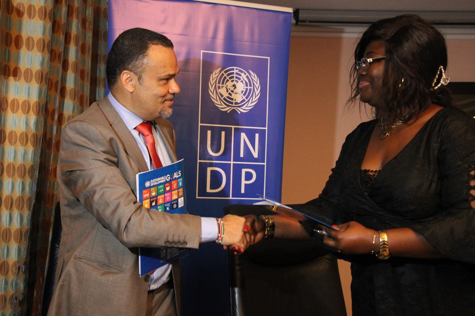 UNDP provides financial support to three Micro Finance Institutions to boost Financial inclusion in Cameroon